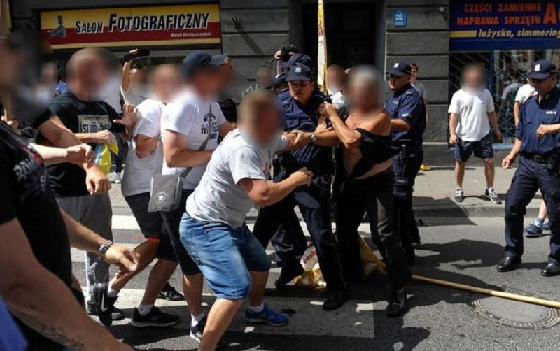 v Pol'she napali na ukraincev