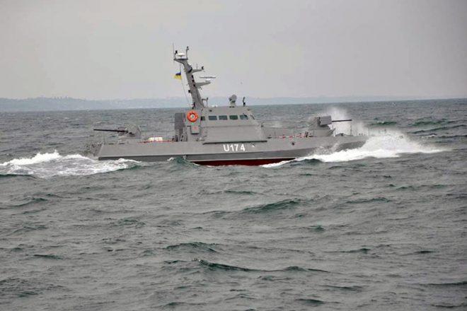 Bronekatera Gjurza-M v Odesskom zalive (1)