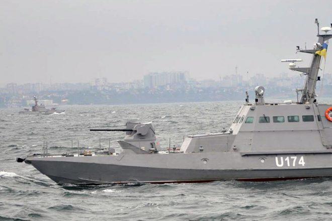 Bronekatera Gjurza-M v Odesskom zalive (3)