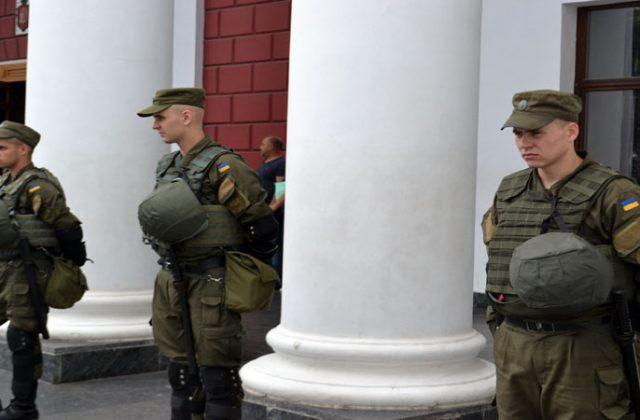 V Odesse trebujut otstavki mjera Truhanova i rospuska gorsoveta (4)