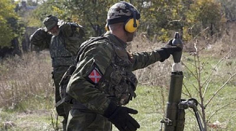 Российские террористы обстреливают из минометов
