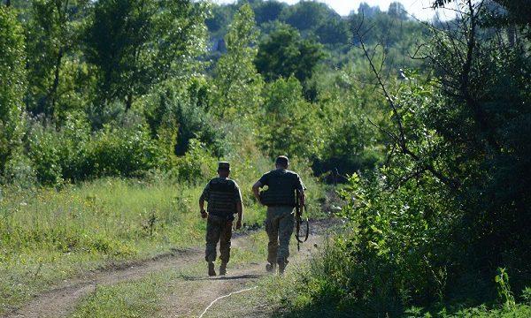 Муженко инспетирует военных в зоне АТО