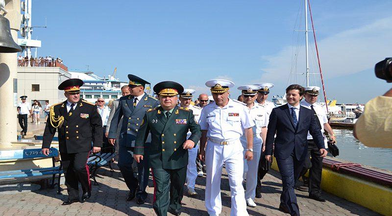 Ministr oborony Ukrainy Stepan Poltorak a prazdnovanii Dnja VMS Ukrainy (1)