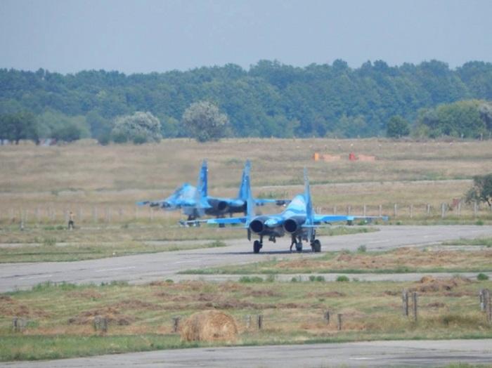 Ukrainskie boevye samolety gotovjatsja sbivat' vrazheskie istrebiteli