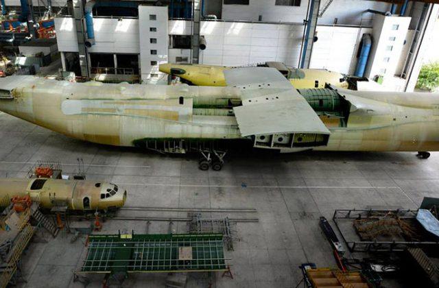 Nedostroennyj samolet An-225 Mrija (1)