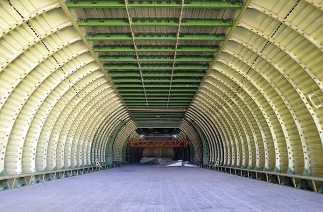 Nedostroennyj samolet An-225 Mrija (4)