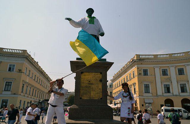 Vyshivankovaja cep' v Odesse (3)
