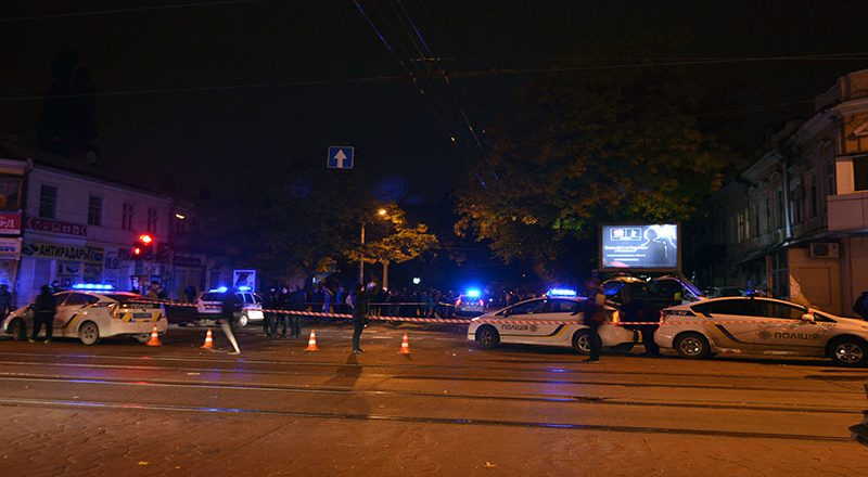 В центре Одессы БМВ протаранил Москвич — есть жертвы