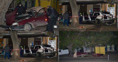 В центре Одессы БМВ протаранил Москвич — есть жертвы, водитель сбежал (ВИДЕО, ФОТО)