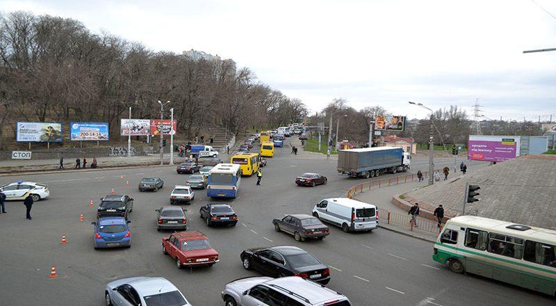 V Odesse na Peresypi ogromnye probki (1)