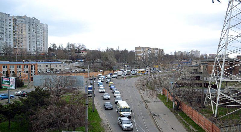 V Odesse na Peresypi ogromnye probki (3)
