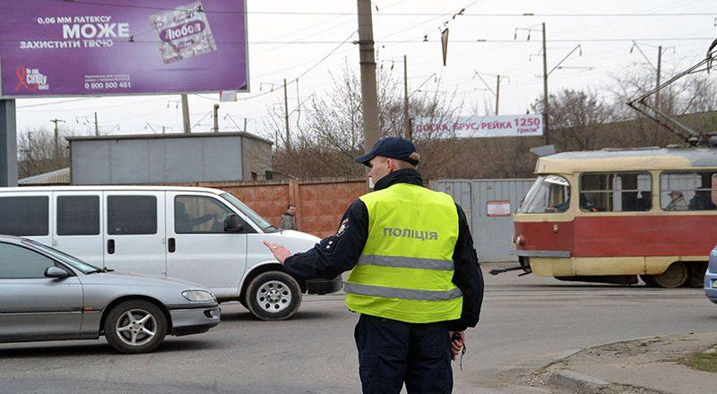 V Odesse perekryli proezd u Peresypskogo mosta – obrazovalis' zatory (4)