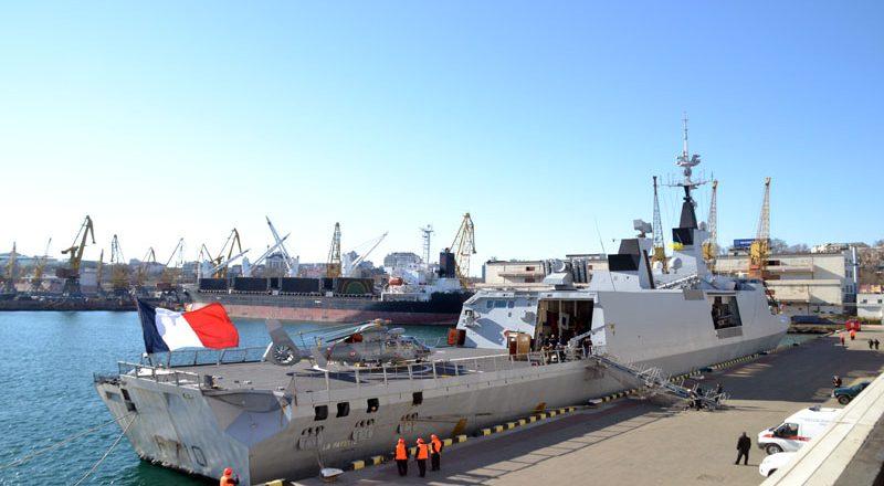 V Odessu zashel francuzskij raketnyj fregat-nevidimka Lafajet (8)