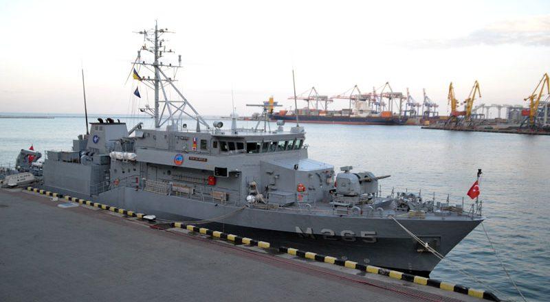 V Odessu zashla boevaja gruppa korablej NATO (8)