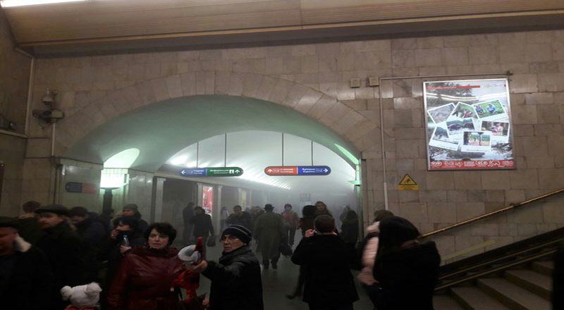 Vzryv v metro Sankt-Peterburga (3)