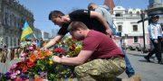 «Svoboda» i «Pravyj sektor» pochtili pamjat' odessitov geroev 2 maja (4)