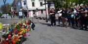«Svoboda» i «Pravyj sektor» pochtili pamjat' odessitov geroev 2 maja (6)
