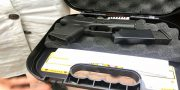 Avakov za podstrelennogo rossijskogo killera nagradil Aminu Okuevu pistoletom Glock-43