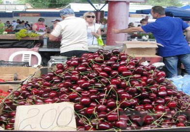 Бешеные цены на фрукты в Крыму (ВИДЕО)