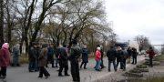 V Odesse zhiteli Shkodovoj gory perekryli proezd v «suhoj port» i trebujut otoplenija (1)