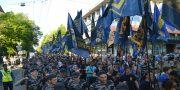 V Odesse patrioty marshem otprazdnovali pobedu nad russkim mirom (2)
