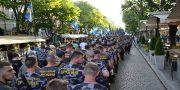 V Odesse patrioty marshem otprazdnovali pobedu nad russkim mirom (3)